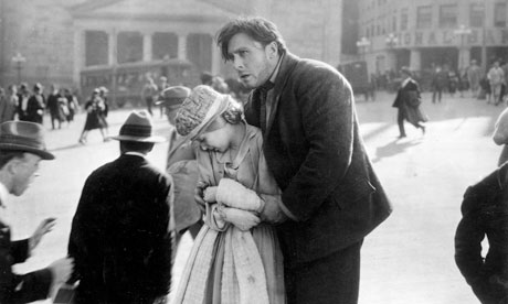 Janet Gaynor and George O'Brien enjoy an outing to the city.