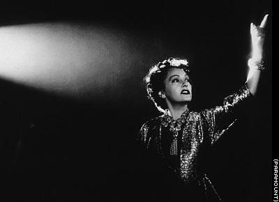 Nora Desmond worships herself on screen.