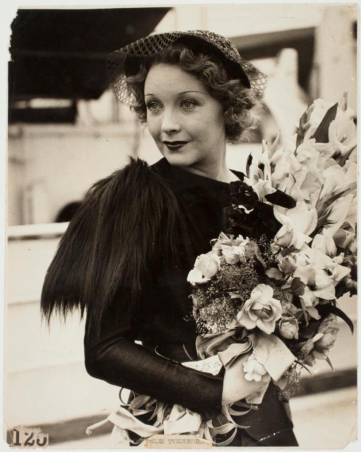 Helen Twelvetrees arrives in Australia (1935). Image: flickr
