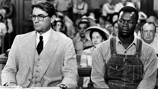 Gregory Peck is defending Brock Peters (right). Image: The Hollywood Reporter