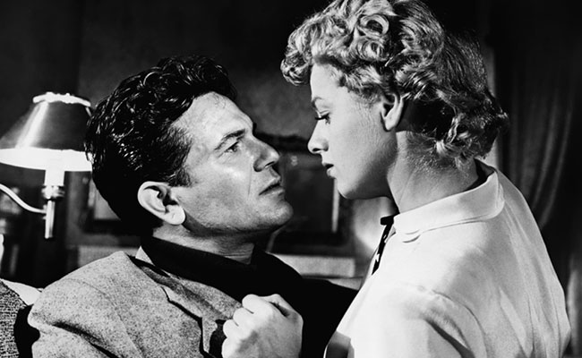 Shelley Winters has a thing for bad boy John Garfield. Image: Pop Matters