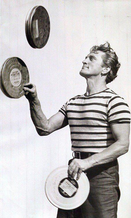 Kirk Douglas, Show-Off. Image: Filmmaker IQ