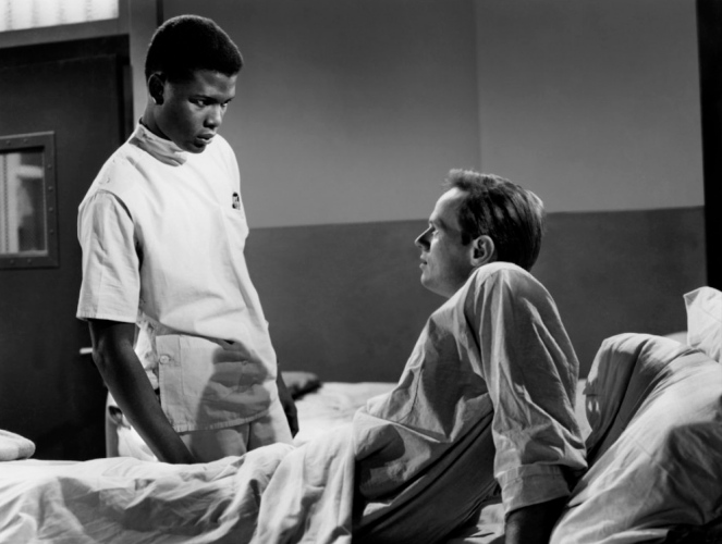 Sidney Poitier (standing) confronts Richard Widmark. Image: Dr Macro